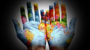 14890-world-map-on-hands-1280x800-digital-art-wallpaper